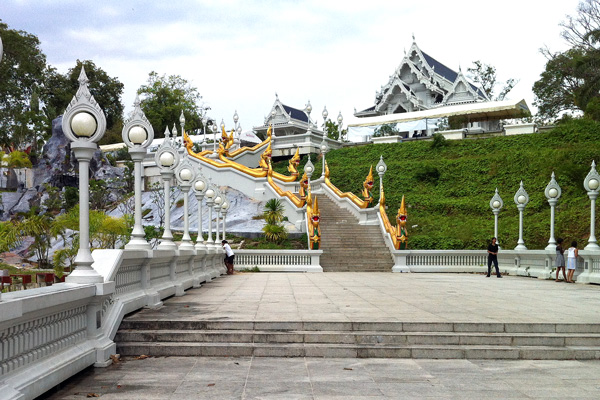 Temple Wat Kaew Krabi