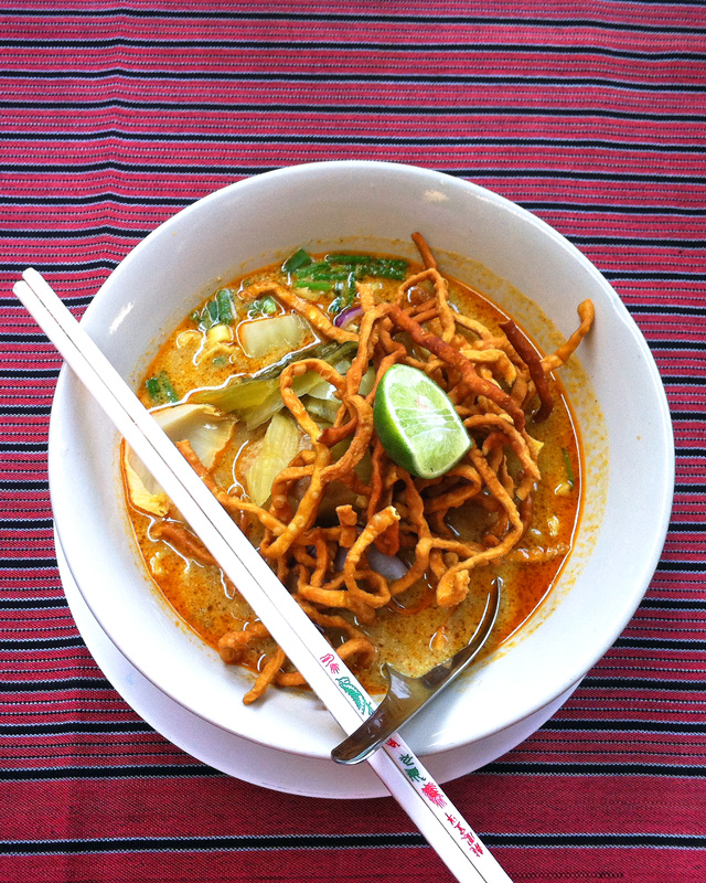 Khao Soi - Top 5 Favorite Thai Foods | a Nomad's Dream
