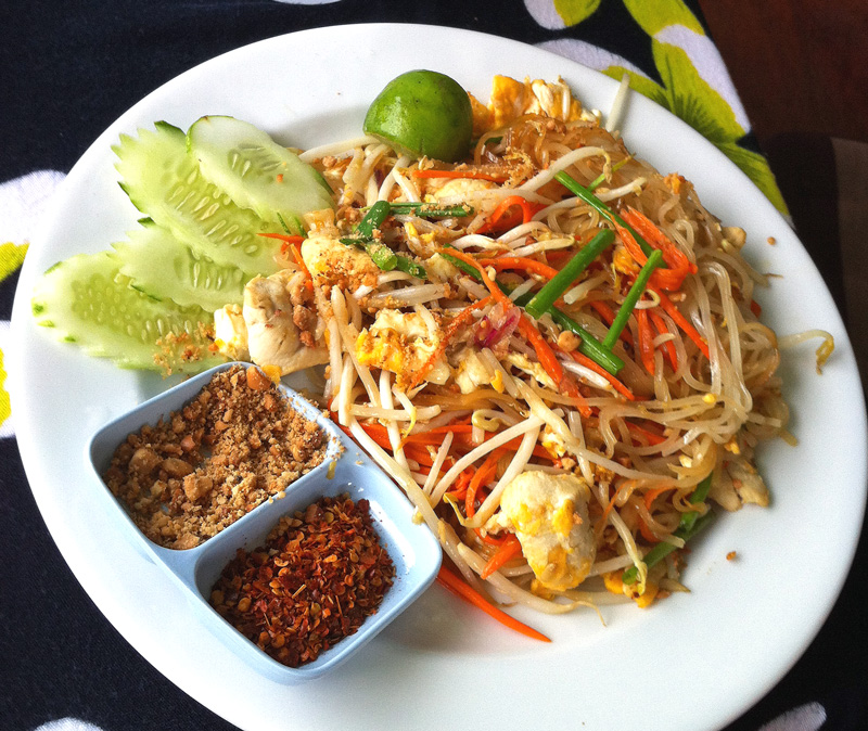 Pad Thai - Top 5 Favorite Thai Foods | a Nomad's Dream