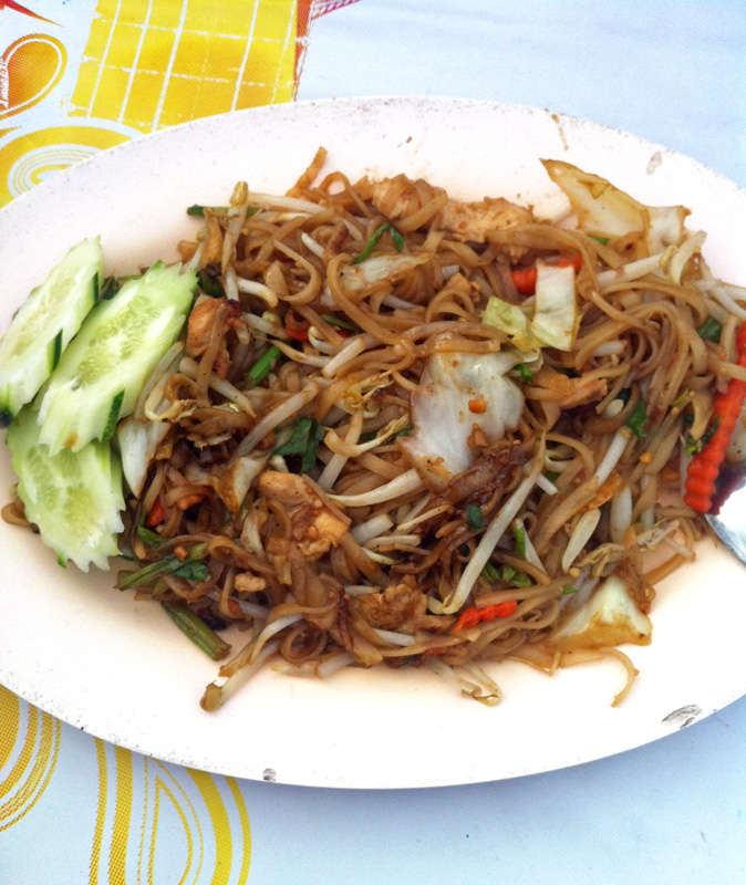 Street Food Pad Thai | a Nomad's Dream