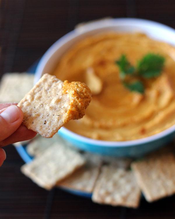 Pumpkin Hummus | aNomadsDream.com